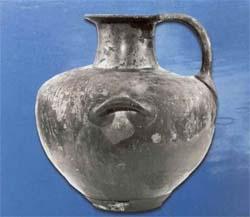 Χάλκινη υδρία από Μακεδονικό τάφο της Τούμπας Ερέτριας.